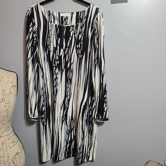 Calvin Klein Gray, Black & White Long Sleeve SZ M